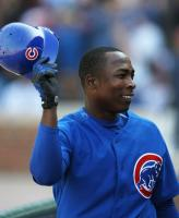 Alfonso Soriano tips his hat.jpg