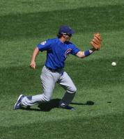 Ryan Theriot tries to field a ball.jpg