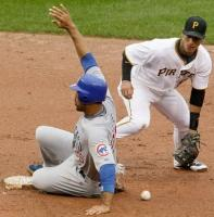 Derek Lee slides into second base safely.JPG