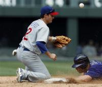 theriot-capt. .cubs_rockies_baseball_dxf105.jpg