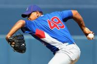 Carlos Marmol side arm delivery during 2010 Cubs Spring Training.JPG